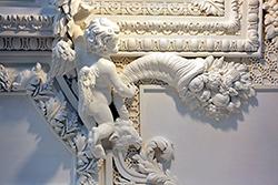 Ornements en staff, plâtre et stuc